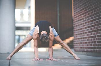 Personal Yoga Köln. Blog Beitrag zum Thema Ausrichtung im Yoga und gesundes Üben